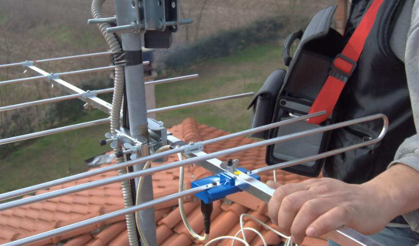 Pasos para instalar una antena TDT en viviendas unifamiliares